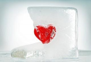Digital media causes infidelity and break ups