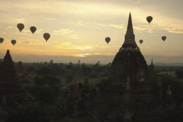Balloons in Bagan photo by Mikhail Wertheim Aymes