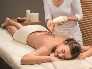 Honey Pino Spa Treatment at retreat