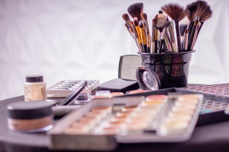 makeup | Longevity LIVE