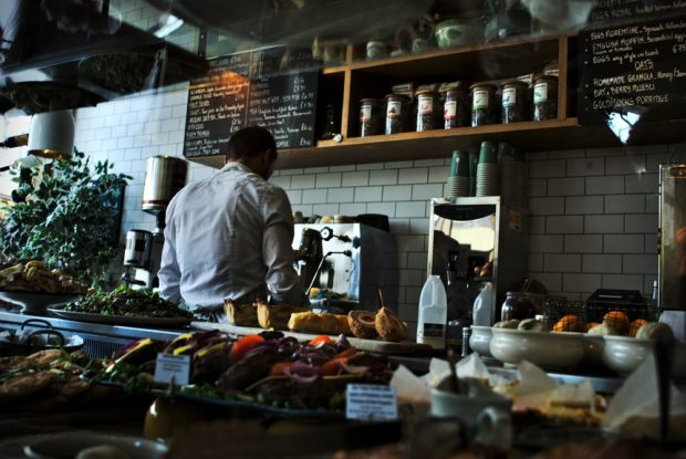 chef cooking in cafe